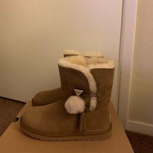 NIB UGG Chestnut Lilian II Pom Pom Boots